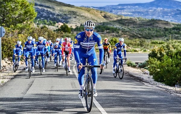 title-sponsor-elite-cycling-team
